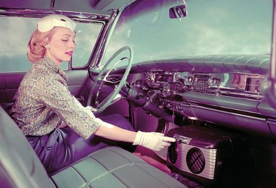 check out the matron lady with gloves and that old school hang on air conditioner unit driving gloves and the hang on units are outdated - Portable Air Conditioner For Car